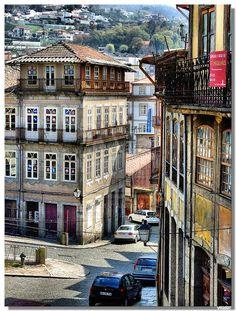 Largo da Cidade, Guimarães, Portugal by vrphoto