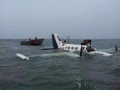 Armario de Noticias: VENEZUELA: Cae avioneta de RD en un lago