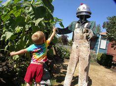 Maximilian with Robot Zombie Scarecrow by NineInchNachosX1, via Flickr