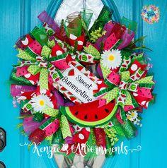 Watermelon Wreath Deco Mesh Summer Wreath Watermelon Decor Christmas Mesh Wreaths, Deco Mesh Wreaths, Door Wreaths, Amanda Black, Crafts To Make, Diy Crafts, Watermelon Decor, Wreath Forms, Trendy Tree