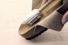 Eens Birkenstock, altijd Birkenstock… Ook al draag je je Birkenstocks dag in, dag uit, verslijten doen ze amper.  Hoe blijven je Birkenstocks langer netjes?  Reinig het voetbed om de drie weken met een vochtige doek en laat je Birkenstocks 's nachts drogen. Heb je last van zweetvoeten en geurtjes? Ontsmet en reinig het …