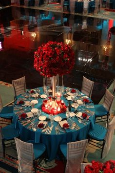 From Elegant Designs wedding with turquoise blue, red and silver @ The Millenium Biltmore Downtown Los Angeles from www.elegantdsl.co