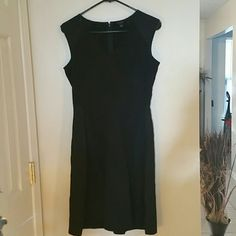 Ann Taylor Black A-line Dress Fit & Flare Little Black Dress...Very Cute!  Size 2 Ann Taylor Dresses Midi