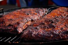 BBQ Junkie - BBQ recipes, competitions, restaurant reviews, book reviews, and documents my obsession of barbecue.