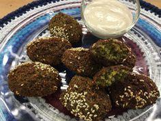 Falafel | É de casa - Receitas Gshow Falafel, Comida Judaica, Almond, Muffin, Veggies, Vegan, Cooking, Breakfast, Food
