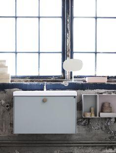 | Badrumsinspiration | Nya badrumserien Lessmore - stram och elegant med en twist. Här i färgen mintgrön. Badrum från Ballingslöv.