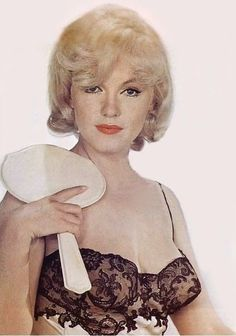 Marilyn, photographed by Eve Arnold ~ 1961