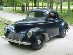 1940 Willys Coupe - (Willys-Overland Co. Toledo, Ohio 1903-1963)