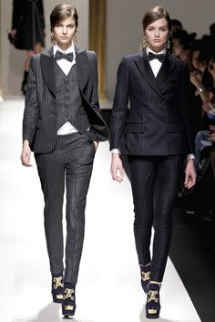 MENSWEAR INSPIRED SUITS