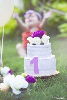 Cake Smash..baby Jouri ! #cakesmash #birthdaygirl #firstbirthday #banner #cake #theme #photography #vintage #photographybyfajer #lighting #visualmemories #location #kuwait #q8 #mea #lebanon #outdoorphotography #occasion #celebrate #ideas #kids #vintagecake