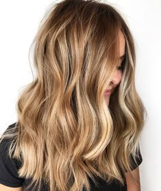 The 30 hottest honey blonde hairstyles ideas 2020 – – Balayage Haare Bronde Balayage, Hair Color Balayage, Bronde Haircolor, Blonde Balayage Honey, Carmel Blonde Hair, Blonde Honey, Blonde Waves, Hair Bayalage, Baylage