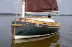 Tuna Boat, Classic Sailing, Wooden Boat Building, Sail Boats, Boat Design, Wooden Boats, Adventure Time, Abs, Ships
