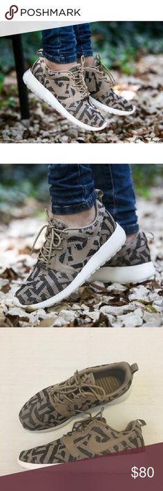 36c4f27952615 Fashion Shoes on. Desert CamoQueensNike RosheCool ...