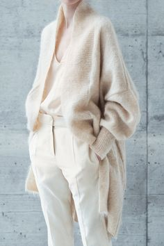 Clean chic masculine and yet so famine style. Shades of white and mix of texture, cashmere, wool, silk. incredibly elegant yet modern and modern.