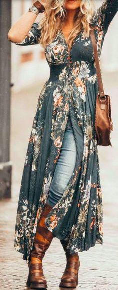 Yup, jeans under your boho inspired dress! - Yup, jeans under your boho inspired dress! – Gothic-mode , Source by alindekuchenideas - Fashion Mode, Indie Fashion, Trendy Fashion, Trendy Style, Style Fashion, Fashion Spring, Romantic Fashion, Gypsy Fashion, Boho Fashion Winter