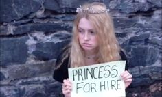 Game of Thrones actress responds to being recast by begging for princess jobs on the street