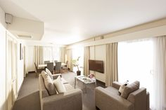 Executive Suites - spacious one bedroom suite with spa bath and a private lounge and dining area.