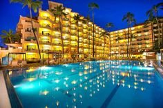 Golden Crown Paradise Resort Puerto Vallarta