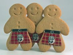 Tartan gingerbread men (I thought of you Jane!