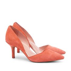 Love the color, love the heel height. #sole