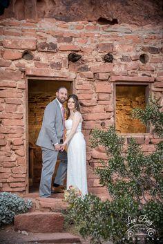 LUV the Cabins! #valleyoffirewedding #valleyoffire #desertwedding Photo: Connie Palen