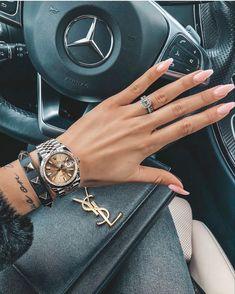 ☝🏻Click photo for more details☝🏻 😘Follow us for daily updates😘 ❤️worldwide shipping❤️😎 whatsapp: +60165425482/ +8618666021721 Replica Handbags, Hermes Handbags, Louis Vuitton Handbags, Hermes Bags, Gucci Bags, Rolex, Latest Bags, Fashion Today, Fashion Fashion