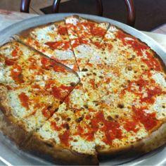 Totonno Pizza Napolitano's cheese pizza.