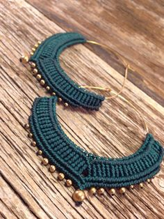 beautiful dark green hoop earrings decorated with golden beads, boho chic, hippie by JoyMadebySahraJoy on Etsy Macrame Necklace, Macrame Jewelry, Fabric Jewelry, Micro Macramé, Jewelry Crafts, Handmade Jewelry, Crochet Earrings Pattern, Diy Earrings, Hoop Earrings