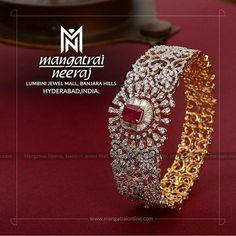 Emerald Jewelry, Diamond Jewelry, Gold Jewelry, Diamond Necklaces, Gold Bangles, Antique Jewelry, Princess Jewelry, Diamond Bangle, Diamond Design
