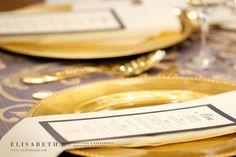 Elisabeth B.   www.elisabethb.com #christmaswedding #holidayseason #holidaywedding #decemberwedding #chateaufronteanc #gold  Photo: Valérie Busque  Decor&Flowers: La Fleur d'Europe  Decor&Furniture: KparK