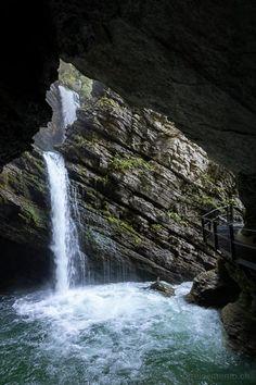 Aussichtsreiche Wanderung zum Gräppelensee im Toggenburg Alps, Stollen, Hiking, Adventure, Waterfalls, Travel, Outdoor, Empire, Destinations