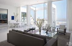 Minimalist Beverly Hills home featured in Architectural Digest. Design by James Magni. Photo by Nikolas Koenig.