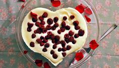 no-bake Valentine's day cake