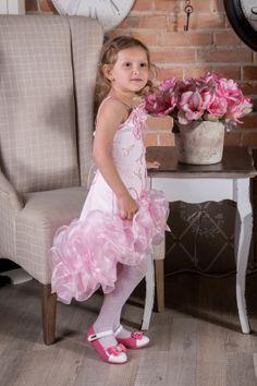 Sukienka Alicja  więcej na: https://www.facebook.com/sukienkitiulitafta?fref=ts
