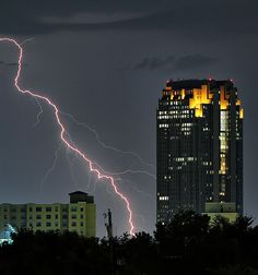 Dallas, TX - Our spectacular thunderstorms never disappoint!