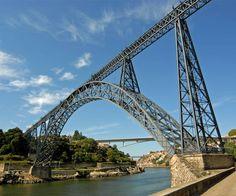 #6PontesDouroAcima  Inaugurada a novembro de 1877, a ponte D. Maria Pia é um projeto de Gustave Eiffel (1832 - 1923). Foi a primeira ponte a unir as duas margens do Rio Douro, encontrando-se de momento desativada. Em setembro de 2013, foi considerada pelo jornal The Guardian uma das 10 pontes mais belas do mundo.  Conheça-a com a Douro Acima :)