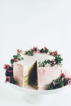 Dreamy pink floral cake.