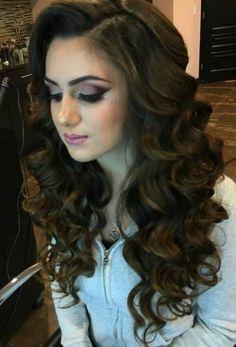 hair waves 16 trendy ideas for hair summer waves hairstyles Quince Hairstyles, Curled Hairstyles, Summer Hairstyles, Wedding Hairstyles, Hairdos, Wedding Hair And Makeup, Bridal Hair, Hair Makeup, Blonde Updo