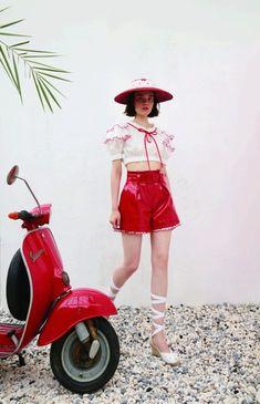 スレトシス(Sretsis)2018年春夏コレクション Gallery - 画像10 Minimal Fashion, High Fashion, Fashion Beauty, Womens Fashion, Style Haute Couture, Style Minimaliste, Mode Vintage, Mode Style, Japanese Fashion
