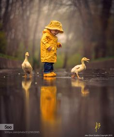Post with 1904 votes and 96265 views. Tagged with cute, nature, amazing, beautiful, rain; Enjoying rainy day together Children Photography, Art Photography, Yellow Photography, Rainy Day Photography, Rule Of Thirds Photography, Little Boy Photography, Focal Point Photography, Australian Photography, Umbrella Photography