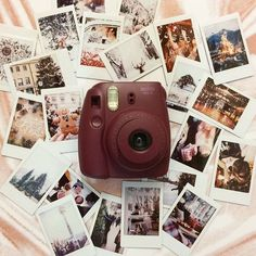 Camera Polaroid - The Best Piece To See When Evaluating Photography Info Polaroid Pictures Photography, Polaroid Photos, Camera Photography, Art Photography, Polaroid Ideas, Photography Lighting, Polaroid Display, Makeup Photography, Product Photography