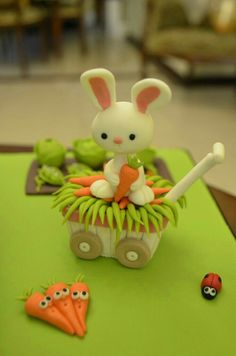 This is a rabbit figurine from a farm cake, but these would work well for clay. Fondant Toppers, Fondant Cakes, Cupcake Cakes, Mini Cakes, Cupcake Toppers, Clay Projects, Clay Crafts, Farm Cake, Barnyard Cake