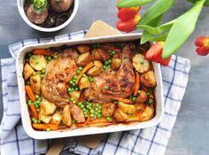 Jídla z jednoho pekáče mají u nás velkou tradici, vždyť kdo by nemiloval už od dětství šunkofleky nebo francouzské brambory? Kung Pao Chicken, Tandoori Chicken, Turkey, Meat, Ethnic Recipes, Turkey Country