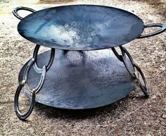 Outdoor Oven, Outdoor Fire, Outdoor Cooking, Fire Pit Grill, Diy Fire Pit, Fire Pits, Parrilla Exterior, Bbq Stand, Open Fire Cooking