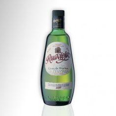 Licor de gran tradición en Galicia, elaborado con diferentes hierbas naturales previamente seleccionadas y maceradas en aguardiente gallego de primera calidad.    Presentado en botella de 70cl.        9,50 € IVA incluído