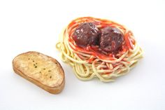 Spaghetti and Meatballs with Garlic Bread