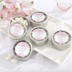 These personalized baby shower round clear top candy tins are the perfect combination of sleek sophistication and sweet simplicity.