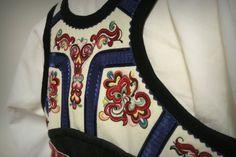 Folk Costume, Costumes, Scandinavian, Apron, Fashion, Hipster Stuff, Moda, Dress Up Clothes, Fashion Styles