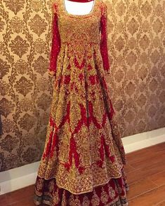 This post features designer Pakistani bridal dresses 2020 for barat day, walima, mehndi ceremony and wedding parties in the latest styles. Pakistani Couture, Pakistani Wedding Dresses, Pakistani Outfits, Indian Dresses, Indian Outfits, Red Lehenga, Anarkali, Bridal Lehenga, Bridal Outfits