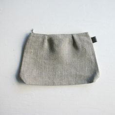 white nest - fog linen - pleated linen shire pouch s m